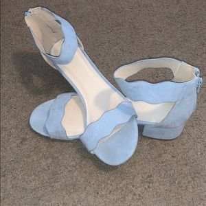 Scolloped blue heels